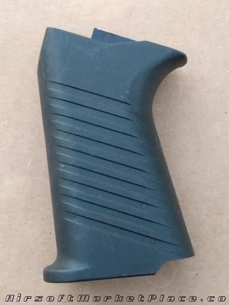 SIG 552 HAND GRIP
