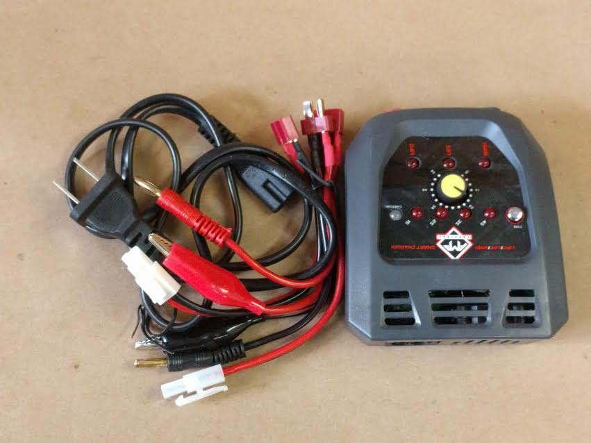 AMP TACTICAL MULTI FUNCTION SMART CHARGER