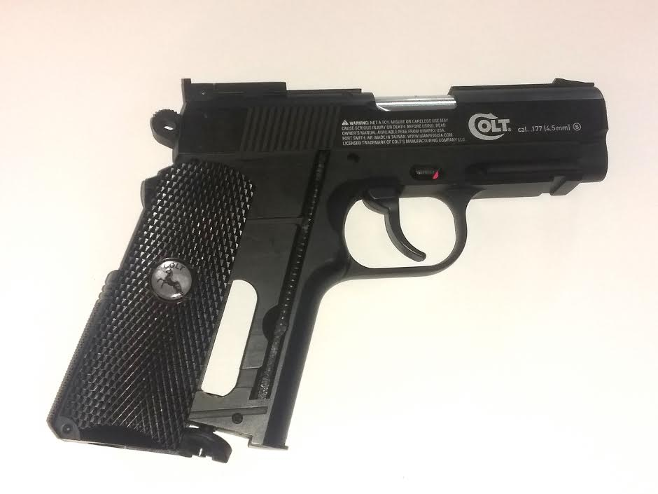 COLT DEFENDER 1911 CO2 BB GUN AIR PISTOL