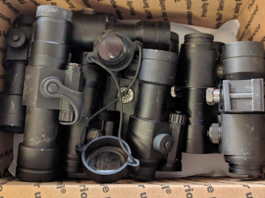 LOT OF 12 NON WORKING RED DOT SCOPES