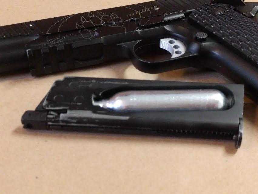 BLACKWATER BW1911 R2 METAL BLOWBACK METAL BB GUN